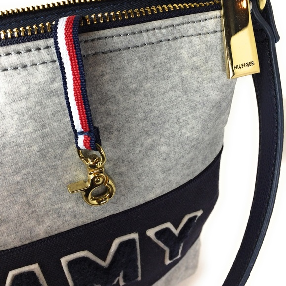 Tommy Hilfiger Handbags - Womens Purse New